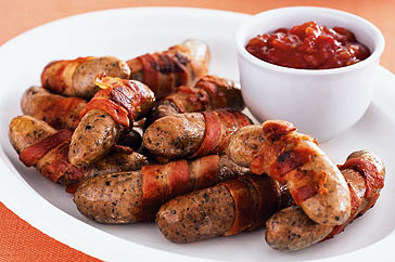Bacon-Wrapped Sausage: A Breakfast Paradise