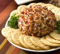 Bacon Cheeseball
