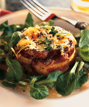 bacon-wrapped-eggs-polenta