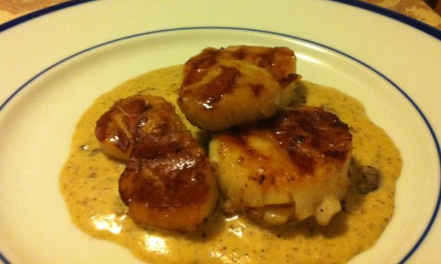 Scallops with Creamy Bacon Sauce