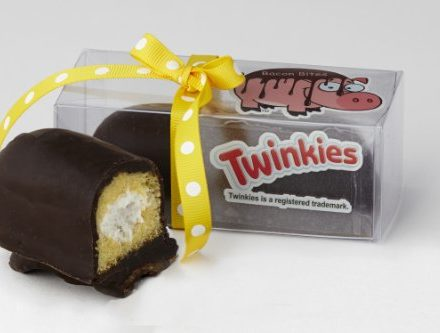 Bacon-Chocolate-Covered-Twinkie-Twinkies-Bacon-Dipped-in-Dark-Chocolate-0